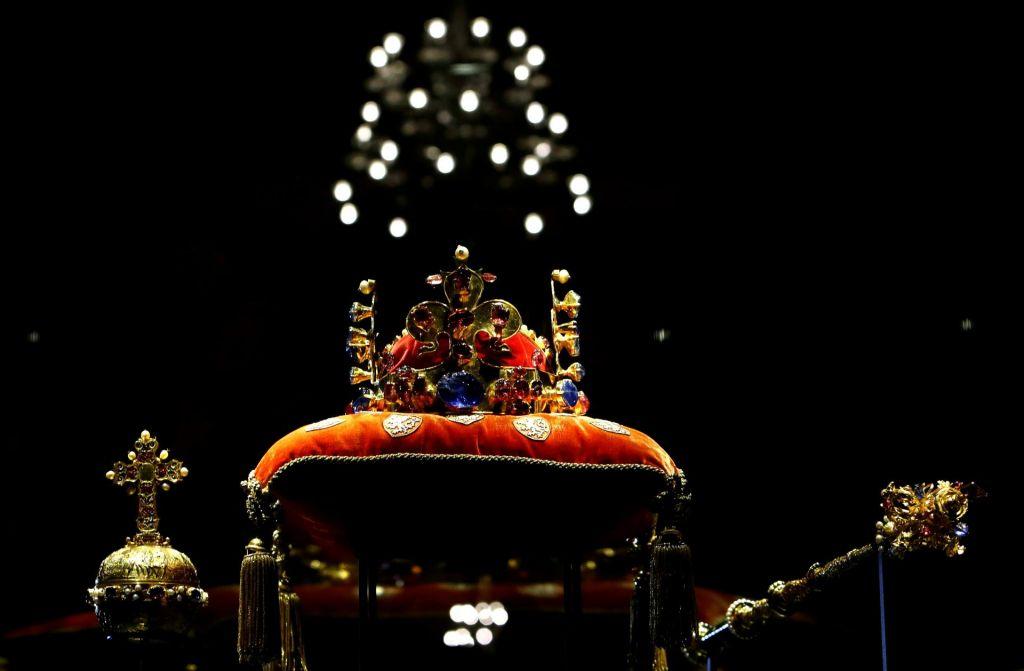 Ukradene dragocenosti vladarjev 17. stoletja