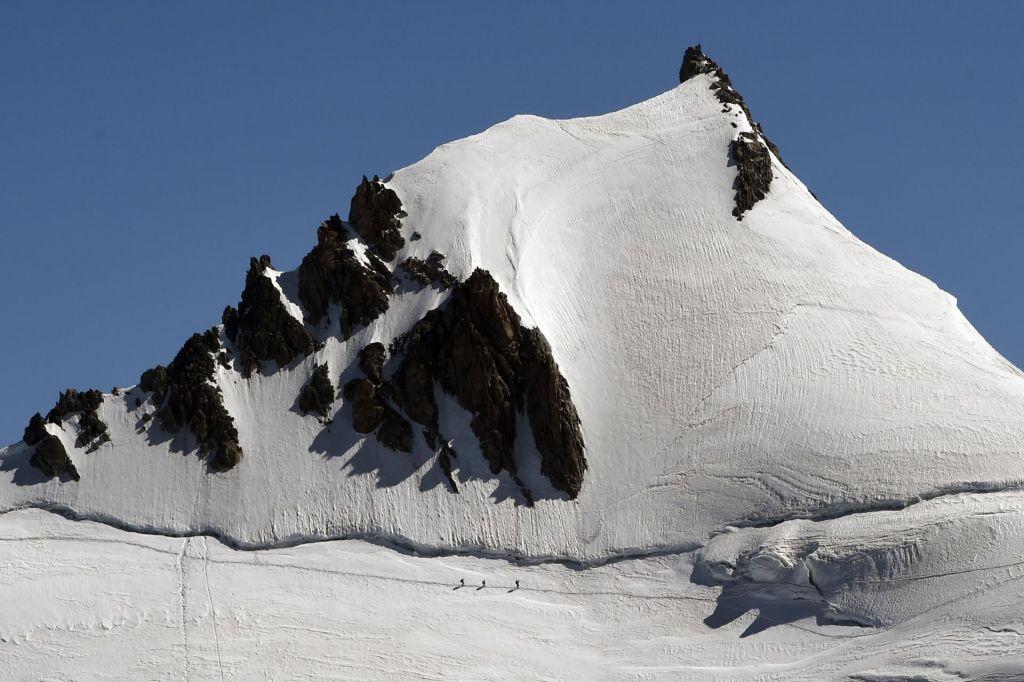 V masivu Mont Blanca umrli trije alpinisti