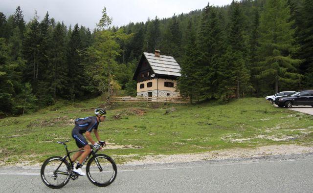 V Planinski zvezi opozarjajo, da je odnos države do planinske infrastrukture mačehovski in celo ignorantski. FOTO: Leon Vidic/Delo