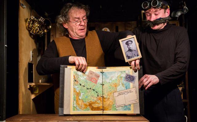 Predstava <em>Dedek </em>v režiji Matije Solceta. FOTO: promocijsko gradivo