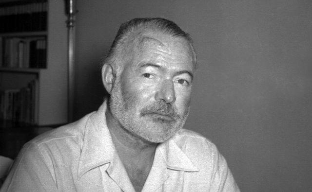 Ernest Hemingway (1899-1961) je s svojim jasnim slogom zaznamoval literaturo 20. stoletja. FOTO: AP