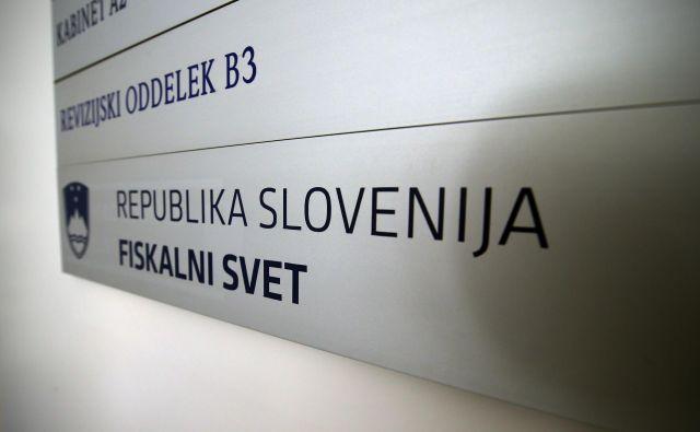 Fiskalni svet vlado poziva k previdnosti pri pripravi proračunov. FOTO Jože Suhadolnik