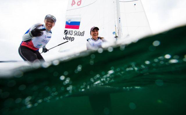 Jutri Tino Mrak in Veroniko Macarol na SP čaka regata za kolajne. FOTO: Uroš Kekuš Kleva