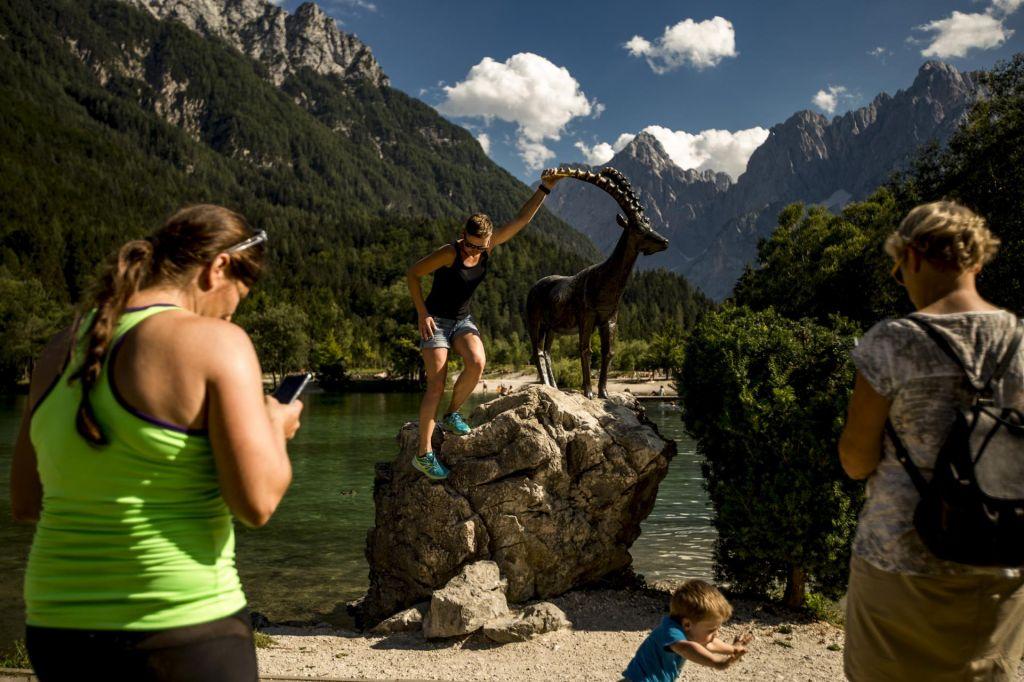 Ob rasti turističnega obiska drobtinice tudi za zaledje