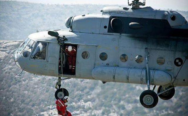 Hrvaški reševalci imajo polne roke dela. FOTO: HGSS
