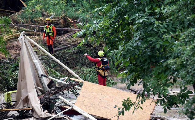 Poplave so prizadele kraj Saint-Julien-de-Peyrolas. FOTO: Boris Horvat/AFP