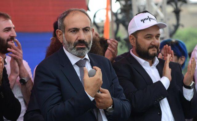 Čistke, ki so se začele po prihodu premiera Nikola Pašinjana na oblast, skrbijo zaveznico Rusijo. FOTO: Reuters