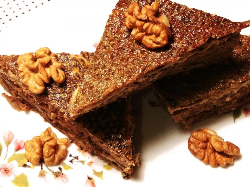 FOTO:Poletov recept: ajdove palačinke s skuto in orehi