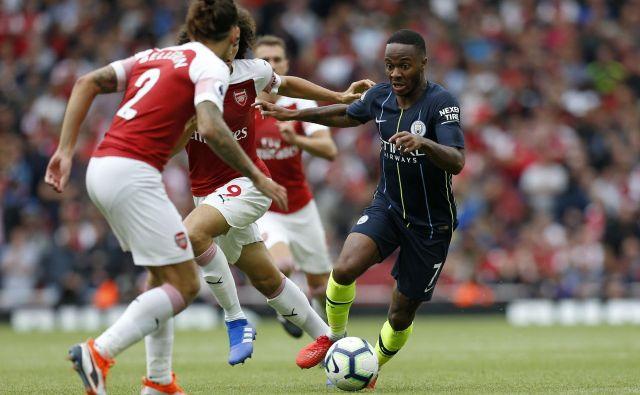 Raheem Sterling je povzročal težave Arsenalovi obrambi.