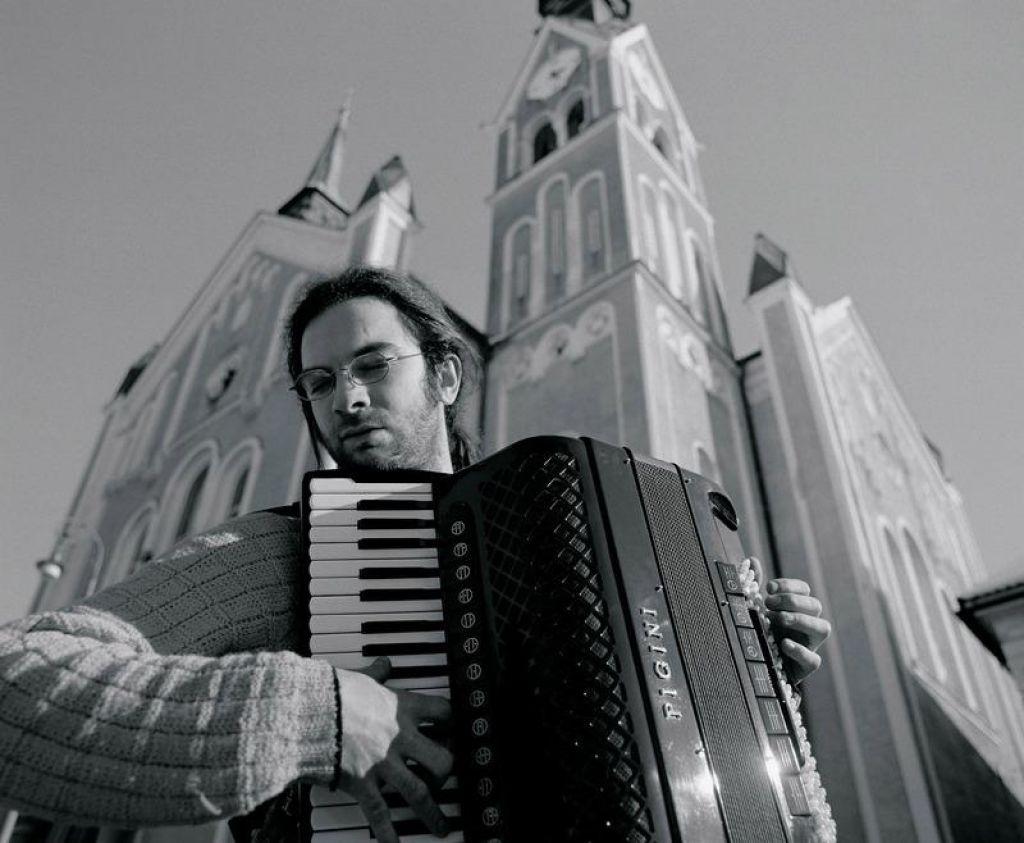 FOTO:TV namiga: Harmonikarji in Človeški kapital
