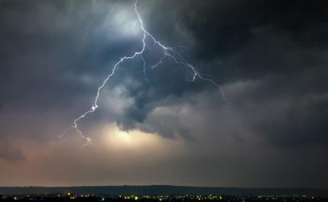 Najbolj izrazite nevihte pričakujemo v zahodni polovici države, niso pa izključene tudi drugod. FOTO: Falkovskyy Getty Images/Istockphoto