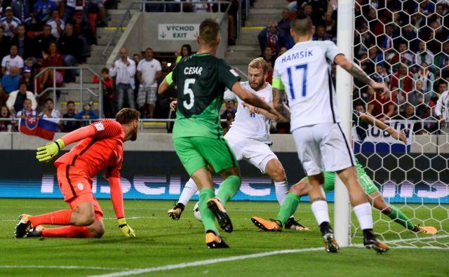 Na Trnavo slovenski nogometaši nimajo prijetnih spominov, saj so tam lani izgubili v zelo pomembni kvalifikacijski tekmi za SP. FOTO: Reuters