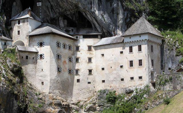 Ponosni so, da so tako Postojnsko jamo kot Predjamski grad postavili na zemljevid največjih svetovnih znamenitosti, zaradi katerih se turisti vse pogosteje ustavijo v Sloveniji. FOTO: Igor Mali