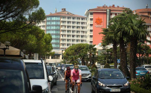 Država portoroških hotelov ne želi prodati tujcem. Foto Jure Eržen