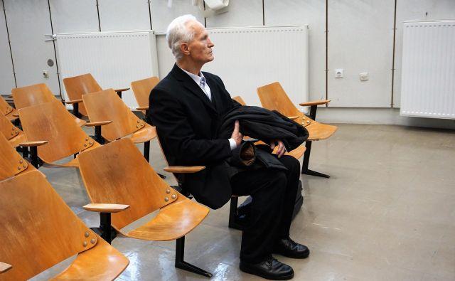 Nekdanji ekonom Nadškofije Maribor Mirko Krašovec na začetku ponovnega, že tretjega sojenjau v zadevi Dvorec Betnava februarja 2018 na celjskem sodišču. FOTO: Brane Piano