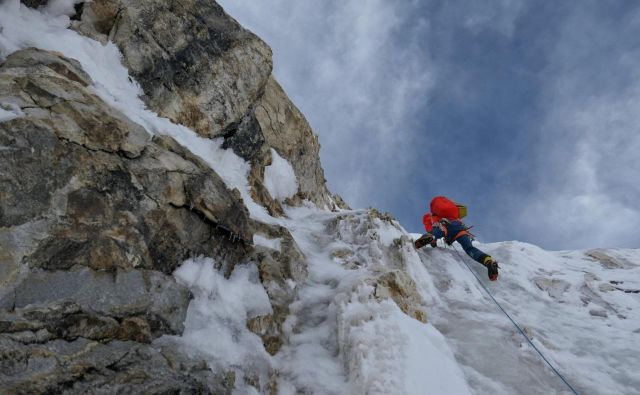 Plezanje v osrednjem delu FOTO: Aleš Česen