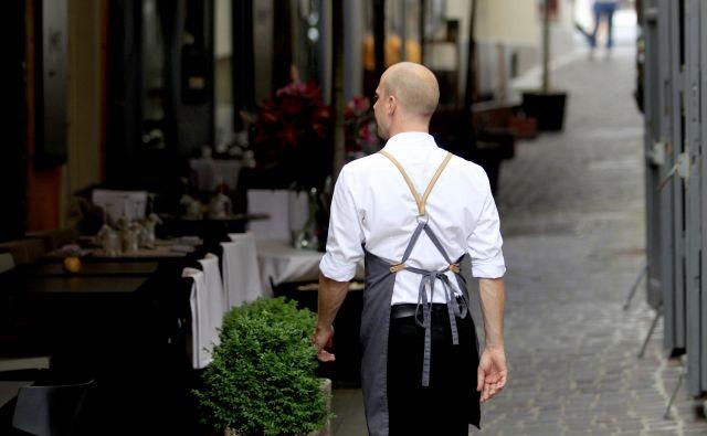 Gostincev čedalje bolj primanjkuje. Foto Roman Š�ipić/Delo