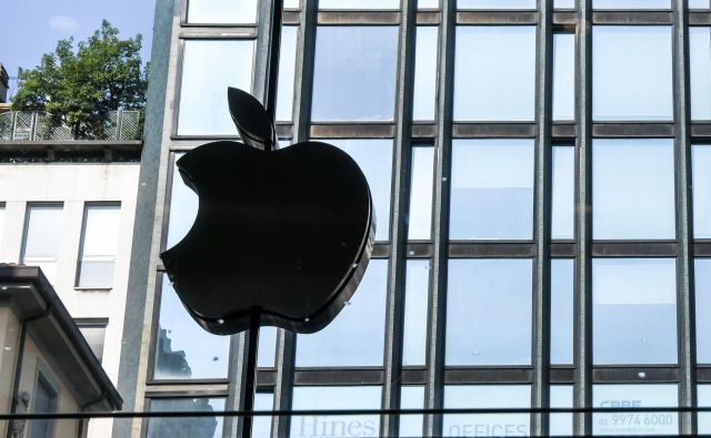 Apple se je znašel na udaru, potem ko je državna televizija CCTV prejšnji mesec podjetje obtožila, da omogoča razcvet nezakonitih iger na srečo. FOTO: Piero Cruciatti/Afp