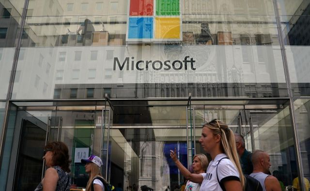 Microsoft je rusko obveščevalno službo obtožil, da se je ta lotila spletnih strani senata in konservativnih mnenjskih organizacij, ki ne podpirajo Donalda Trumpa. FOTO: Reuters