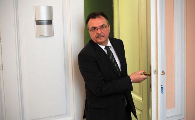 SDS za podpredsednika DZ predlaga Jožeta Tanka. FOTO: Blaž Samec/Delo
