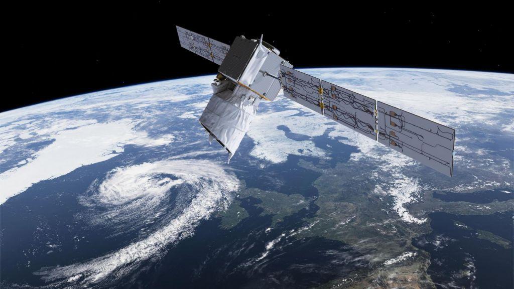 FOTO:Bog vetra iz orbite na pomoč meteorologom
