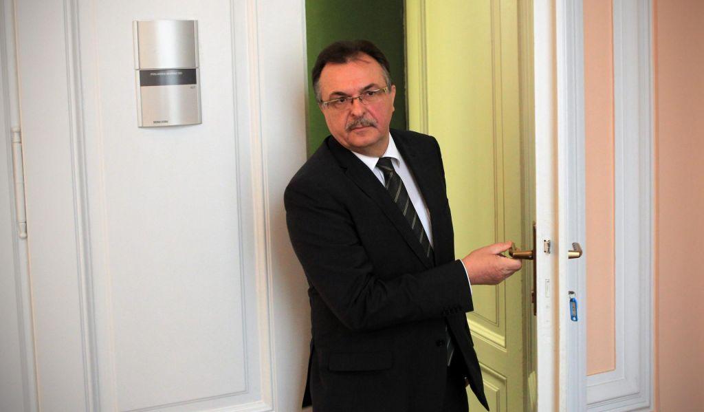 SDS za podpredsednika DZ predlaga Jožeta Tanka