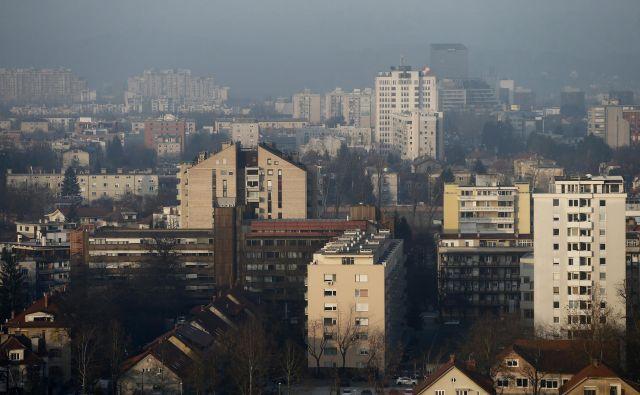 Lastništvo stanovanj je precej razdrobljeno, večina lastnikov ima po eno stanovanje. FOTO Blaž Samec/Delo