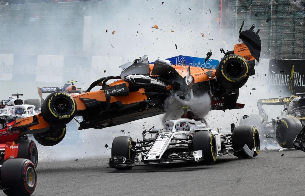 FOTO:Hamilton: Vettel je šel mimo, kot da me ne bi bilo na dirki