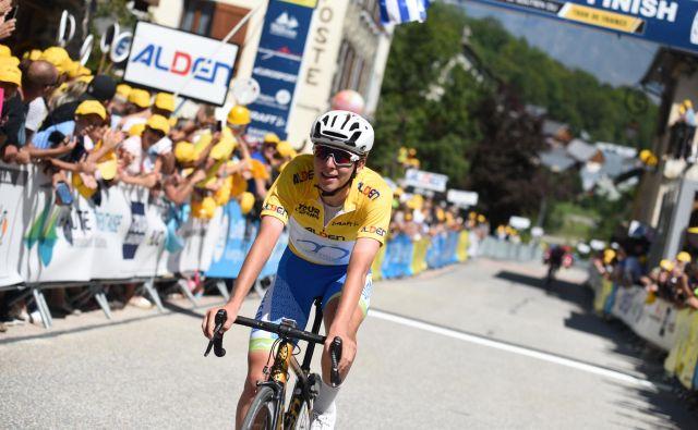 Tadej Pogačar je v rumeni majici končal Tour de l'Avenir. FOTO: Elisa Haumesser
