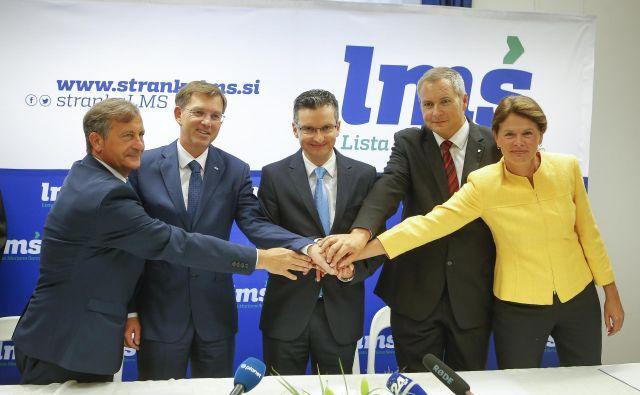 Prvaki strank so navdušeni, a koliko nas bo stal podpis koalicijske pogodbe med LMŠ, SMC, SD, Sabom in Desusom? FOTO: Jože Suhadolnik