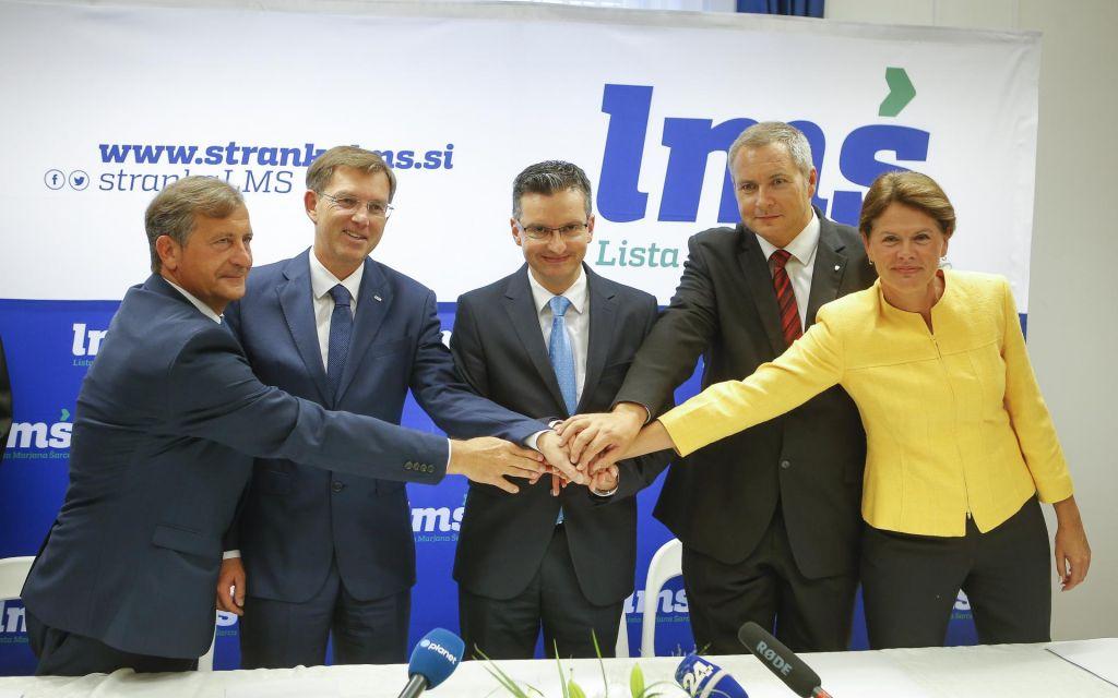 FOTO:Seznamu koalicijskih želja manjka še ček za dve milijardi evrov