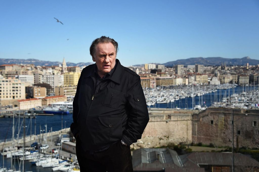 Igralec Gerard Depardieu obtožen posilstva