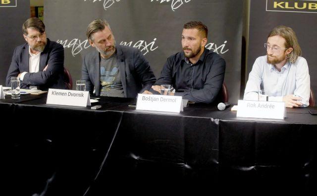 Luka Novak, Klemen Dvornik, Boštjan Dermol in Rok Andree na tiskovni konferenci o avtorskih pravicah v EU. FOTO: Roman Šipić/delo