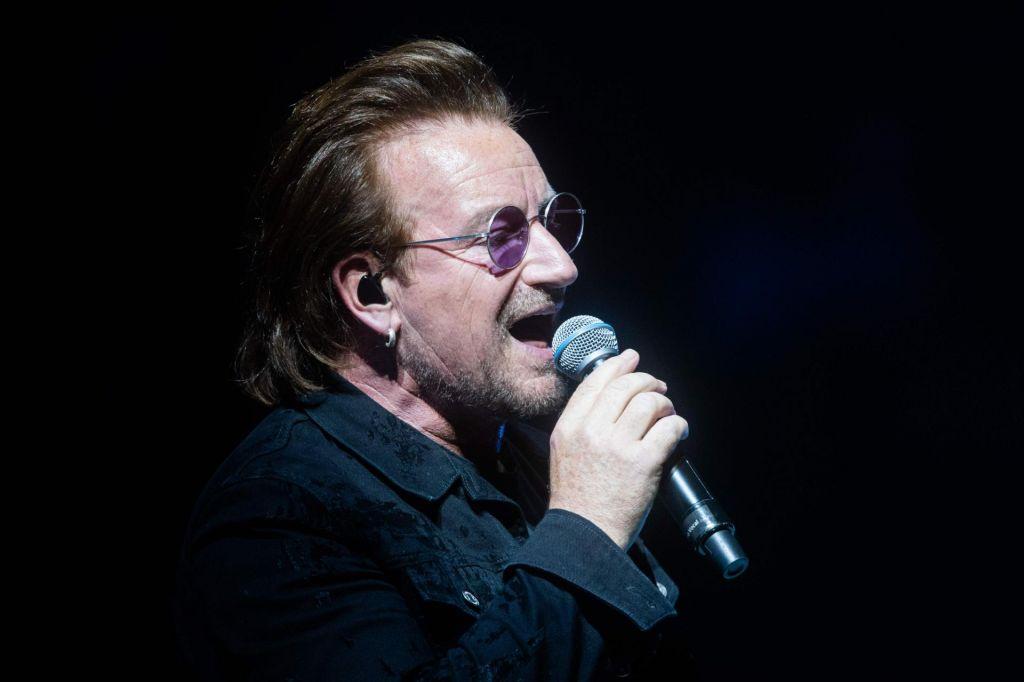 Bono predčasno zaključil nastop zaradi izgube glasu