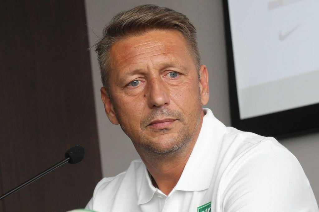 Nad vijolični Maribor s trenerjem z zeleno-belim DNK