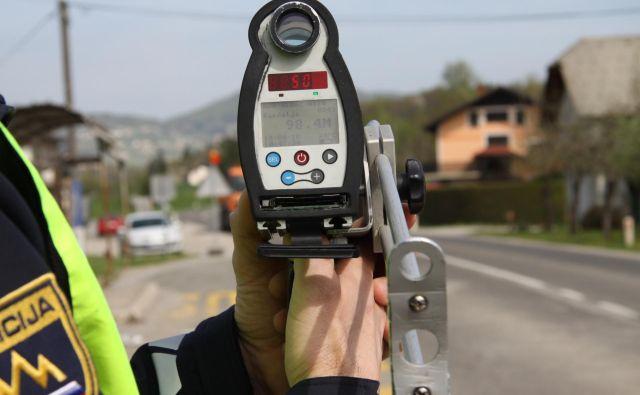 Za omenjeni prekršek je predpisana globa 1200 evrov in 18 kazenskih točk, so sporočili s Policijske uprave Ljubljana. FOTO: Policija
