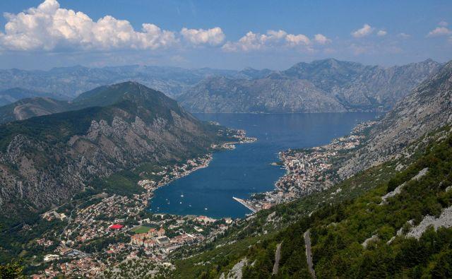 Množični turizem in gradnja sta precej vplivala na zunanjo podobo zaliva. FOTO: AFP
