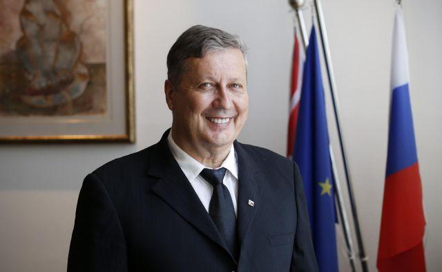 Anthony Tomažin, avstralski slovenec, vlagatelj in poslovnež na sedežu podjetja RRC Računalniške stroritve. FOTO: Uroš Hočevar / Delo