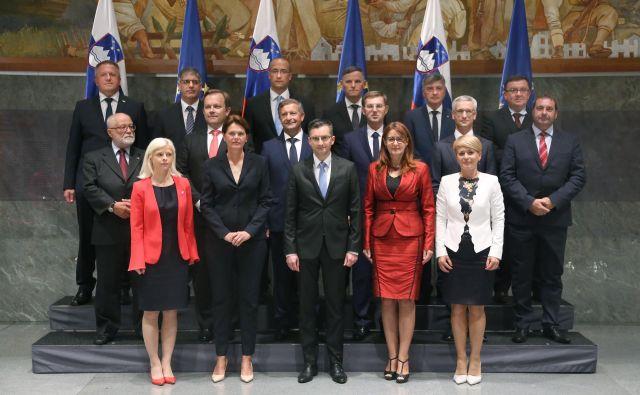 Sedemnajst milijard evrov smo zaupali tem ljudem.FOTO: Leon Vidic/Delo