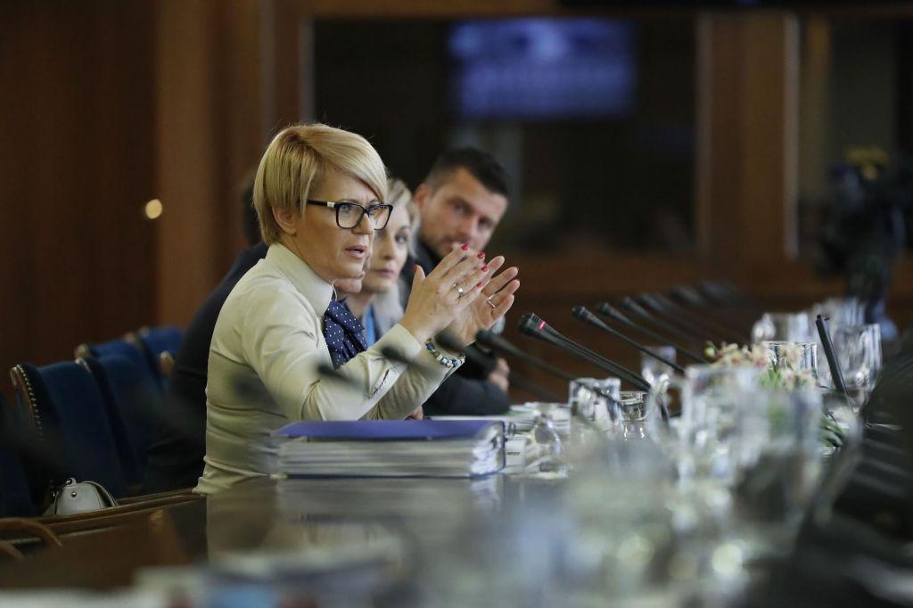 Aleksandra Pivec: Slovenijane bo več mogla slediti praksam iz EU