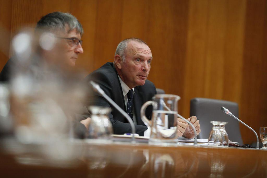 FOTO:Dogovor s sindikati za Kodeljo prednostna naloga