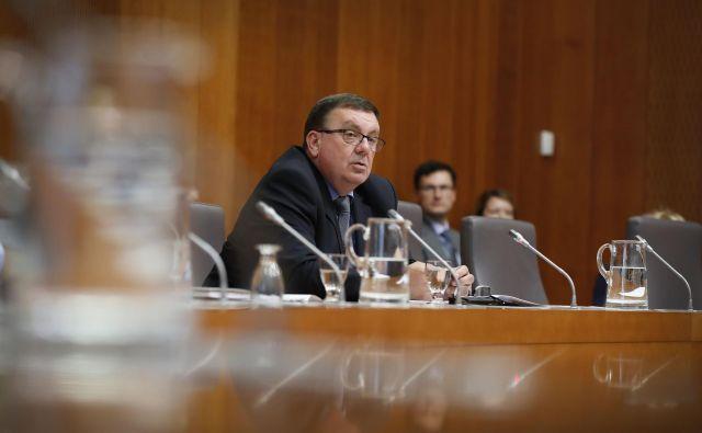 Fakinova predstavitev je med opozicijskimi poslanci naletela na različne ocene.FOTO: Leon Vidic/Delo