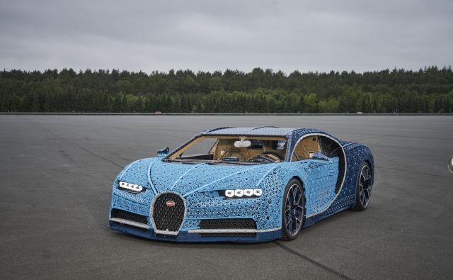 Bugatti chiron iz lego kock v naravni velikost. Foto Lego