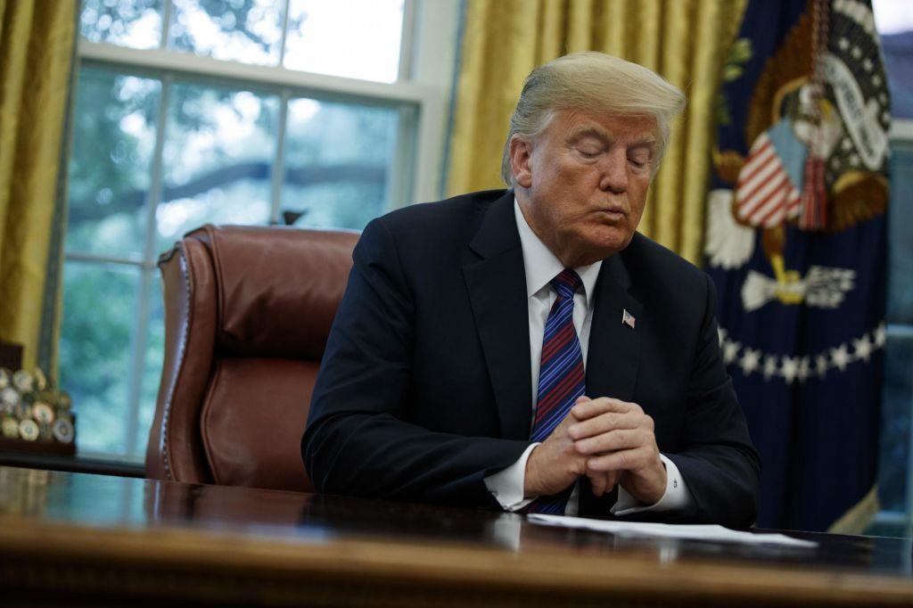 FOTO:Vpogled v kaos ameriške predsedniške administracije