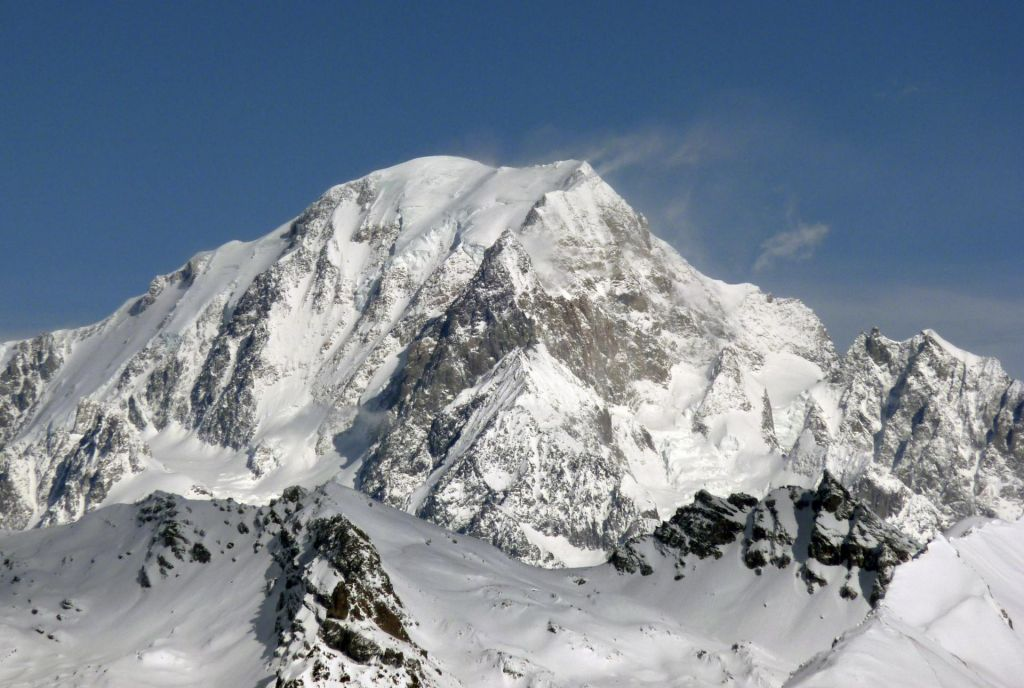 FOTO:Kvota za Mont Blanc: 214 gornikov na dan