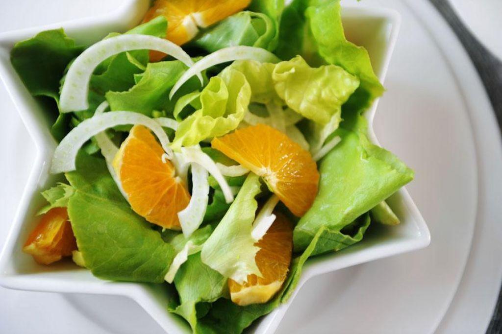 Poletov recept: Razstrupljevalna solata