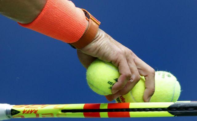 Po finančni plati se 50. teniški igralec na svetu težko primerja s 5000. nogometašem na svetu. FOTO: Adam Hunger/AP