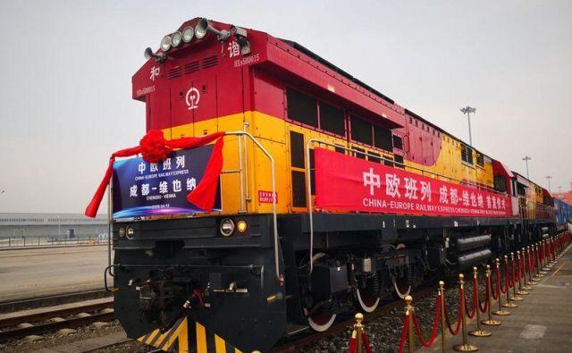 Prihod prvega tovornega vlaka na progi Chengdu–Dunaj. FOTO: Milan Ilić