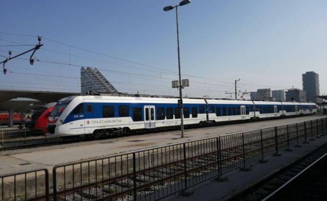 Vozni red je sicer organiziran tako, da bodo lahko potniki iz Trsta pot nadaljevali z regionalnimi vlaki.FOTO: Slovenske železnice