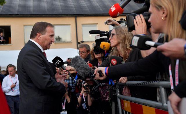 Socialni demokrati premiera Stefana Löfvena so sodeč po vzporednih volitvah na tokratnih parlamentarnih volitvah prejeli 5,6 odstotne točke manj kot na volitvah leta 2014. FOTO: Reuters